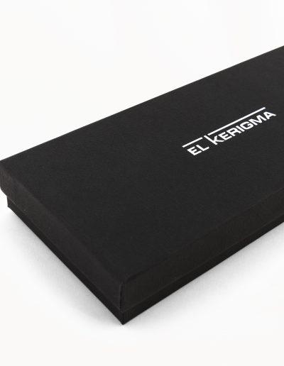 elkerigma packaging virgen camino neocatecumenal negra