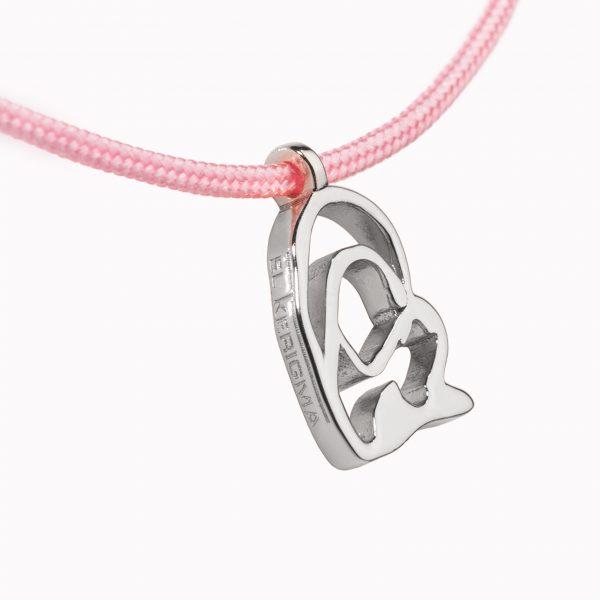 medalla virgen camino neocatecumenal elkerigma plata pequeña cordon rosa detalle